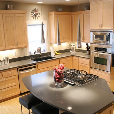 Suite 103 & 204: Natural Maple Cabinets With Black ... on Maple Kitchen Cabinets With Black Countertops  id=53962