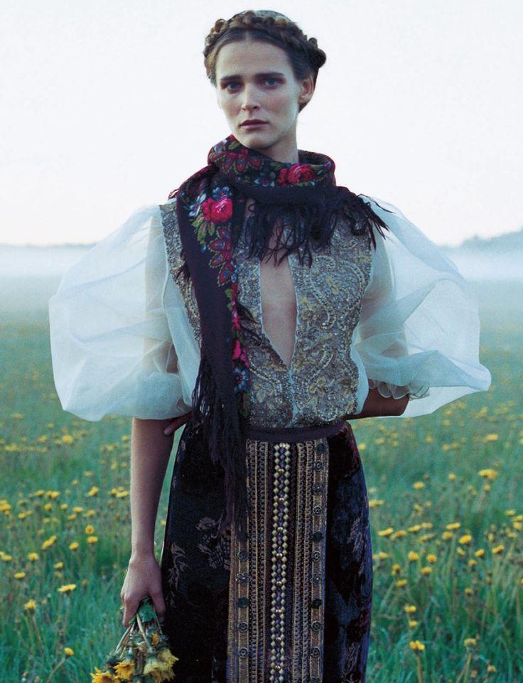 Carmen Kass by Yelena Yemchuk for Vogue Nippon October 2005