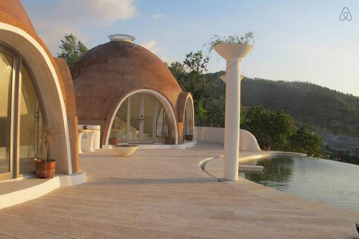 Perfect for a couple alone or maybe with friends We have 2 Bedroom Domes available with ensuite bathrooms and a stunning pool area with magic views mentigibay.lombok@gmail.com