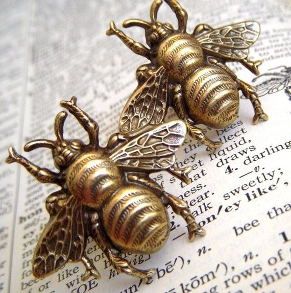 Men's Cufflinks Big Brass Bees Steampunk Cuff Links Rustic Finish Popular Unique Vintage Style Accessories