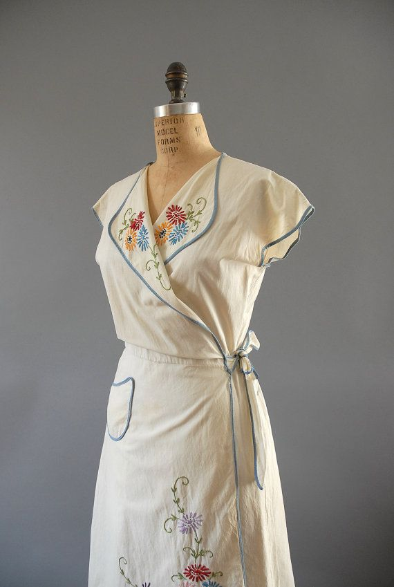 1940s Dress / Garden Wrap Dress / 40s by wildfellhallvintage, $82.00