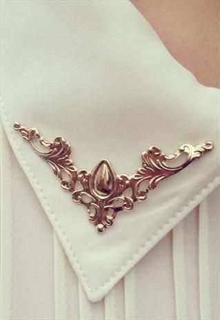 Vintage style collar Tips