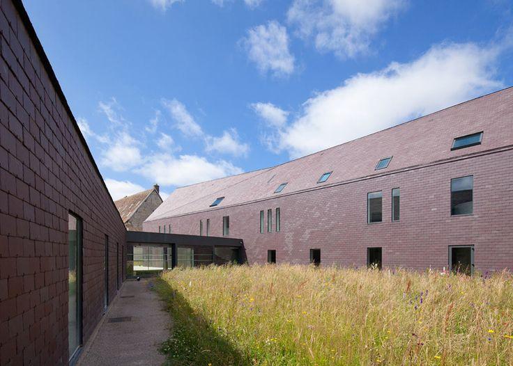 Kulturzentrum in der Normandie, AAVP, innenhof