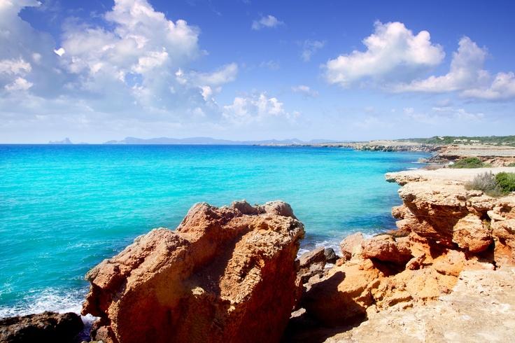 #Fuerteventura, quest'estate a metà prezzo. Consulta le migliori offerte volo http://www.volagratis.com/offerte/voli/fuerteventura