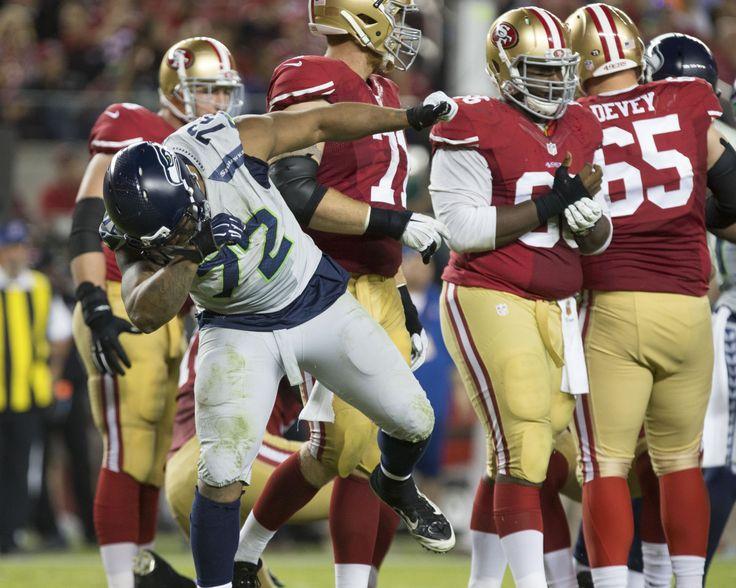 Seahawks DE Michael Bennett trains with 49ers DeForest Buckner in Hawaii