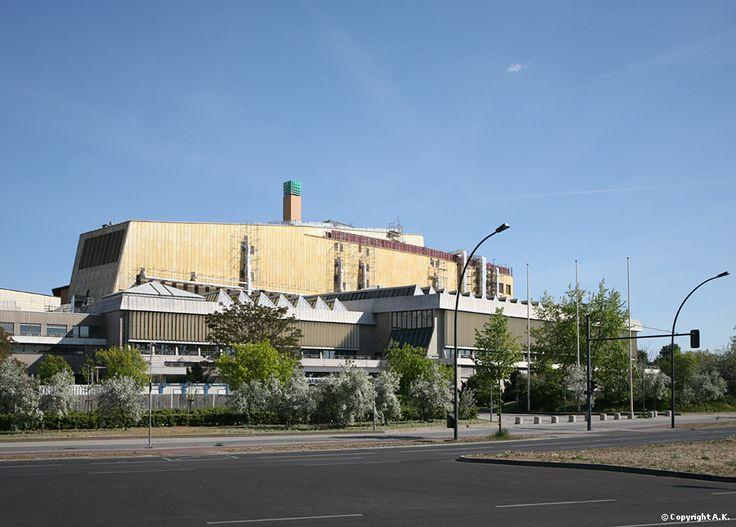 Hans Scharoun - Berlin State Library, Potsdamer Straße 33, Kulturforum, Berlin, Fridays 15.00 tour