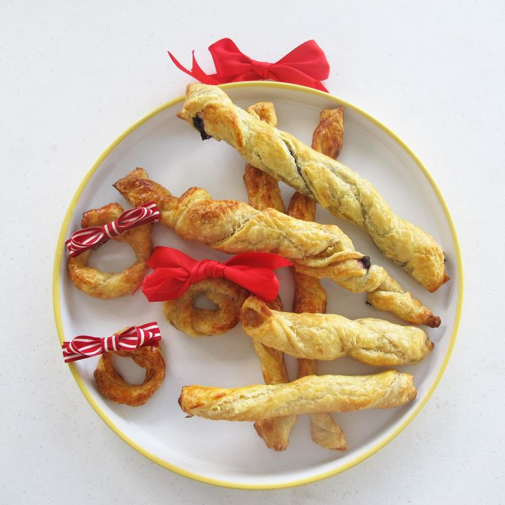 Pastry twirls are something that's fun for all ages to enjoy making, plus these pastry twists taste great! Kids in the kitchen.