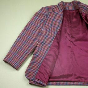 How to Bag a Jacket Lining - lining insertion all done by machine