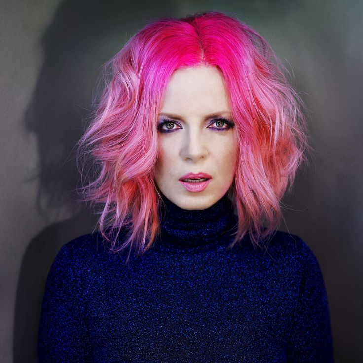 Shirley Manson Is Turning 50 and DGAF About What You Think  - ELLE.com