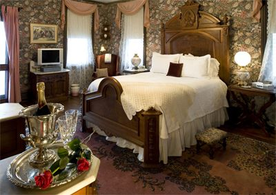 Victorian Bedroom | Victorian Bedroom Furniture on Victorian Style Bedroom Ideas Home ...