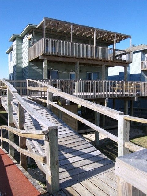 Beach house rentals galveston tx weekend house decor ideas for Beach house plans galveston
