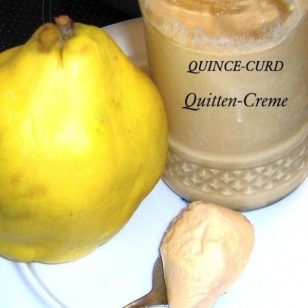 Quince-Curd oder Quitten-Creme ist umwerfen gut, dieses intensive Aroma der Quitten,  zusammen mit den Eiern und der Butter als Creme, göttlich.