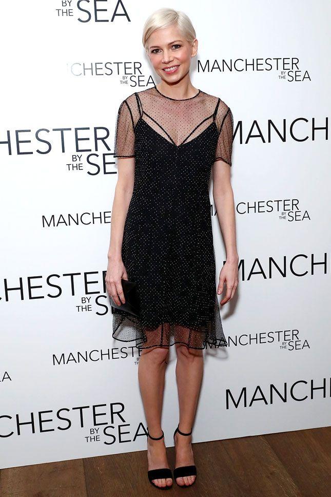 Мишель Уильямс в Louis Vuitton на специальном показе фильма «Манчестер у моря» в Нью-Йорке