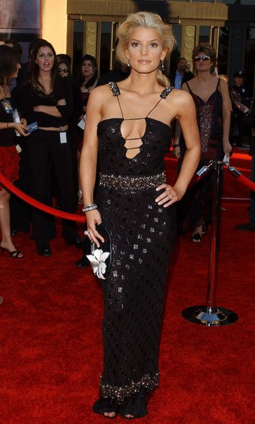 Jessica Simpson in 32nd Annual American Music Awards ...