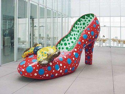 赤い靴 | 草間 彌生
