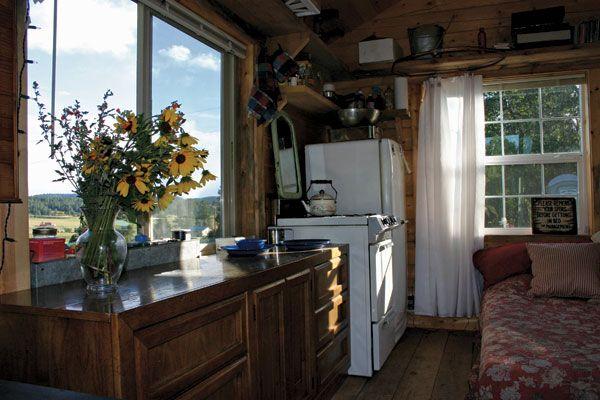 Jalopy Cabins D-Log Cabin interior, 140sf: $10,000-$15,000.