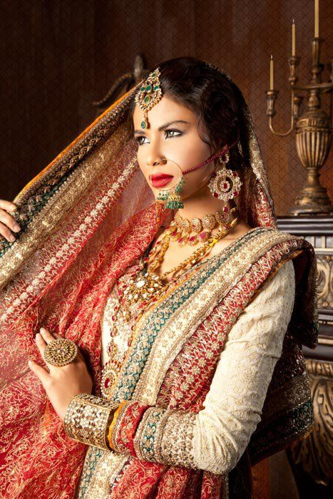 Pakistani bride #pakistaniwedding, #shaadibazaar, #indianwedding
