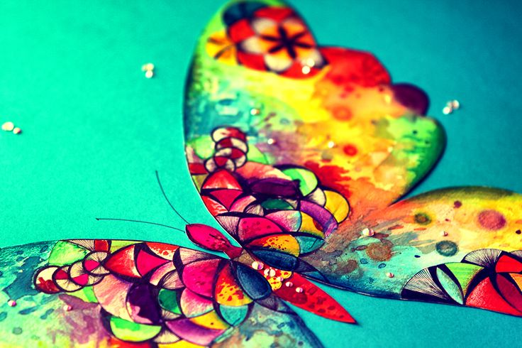 www.lapetien.com  #butterfly #motýl #mandala #mandalas #colour #swarovski #mandalaSwarovski #swarovskiMandala #mandalaButterfly #LaPetien #mandalaLaPetien  #turquoiseMandala