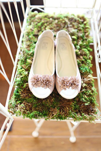 You searched for: bridal flats! Etsy is the home to thousands of handmade, vintage, and one-of-a-kind products and gifts related to your search. No matter what you're looking for or where you are in the world, our global marketplace of sellers can help you find unique and affordable options. Let's get started!