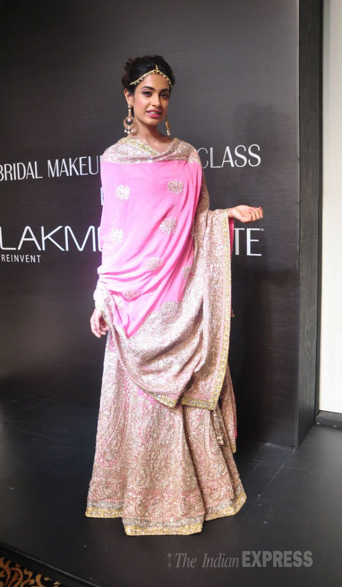 Sarah-Jane Dias was a princess in a Manish Malhtra pink outfit on Day 5 at the Lakme Fashion Week Winter/Festive 2014. #Bollywood #Fashion #Style #Beauty