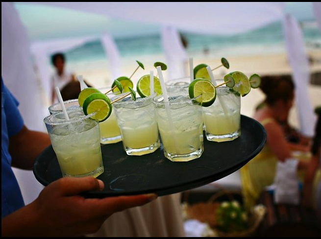 beverages Akiin Beach Club » Fresa Weddings - Planning Destination Weddings in Mexico