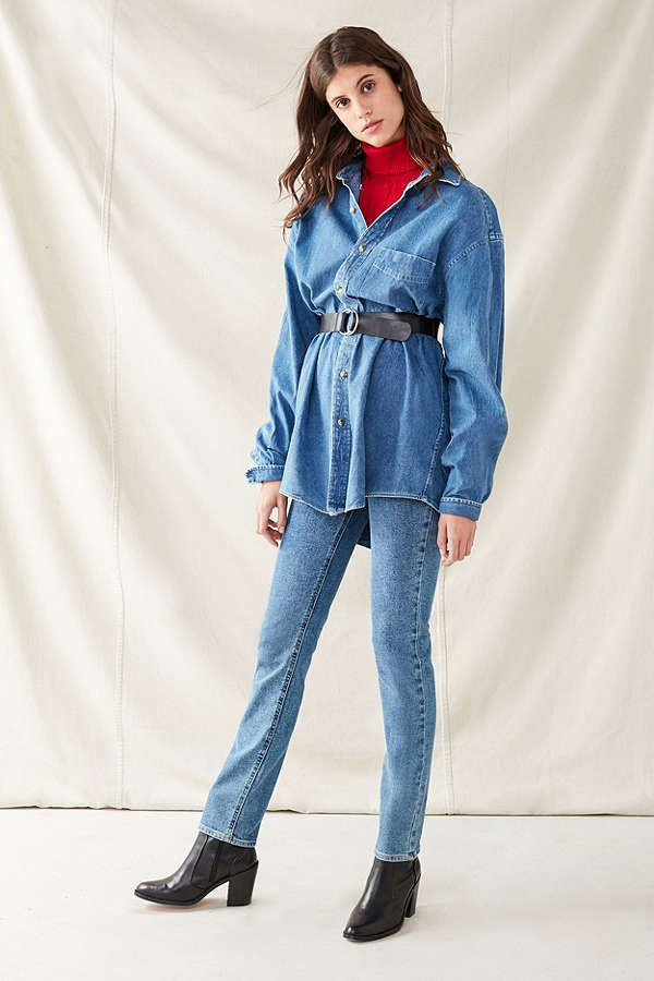 7b7c79296 Vintage Oversized Denim Button-Down Shirt | Outfit inspo | Denim ...