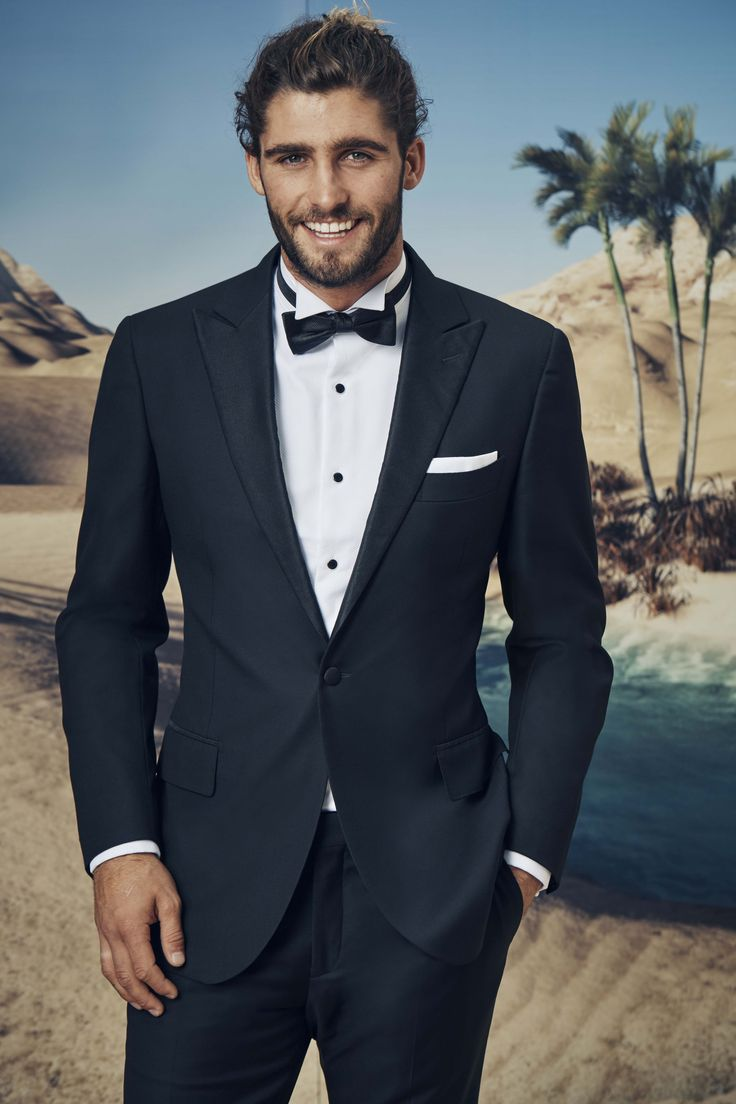 Comino black tuxedo Termao white wing collar shirt