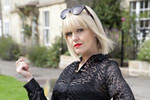 Agatha Raisin. Agatha Raisin (Ashley Jensen).