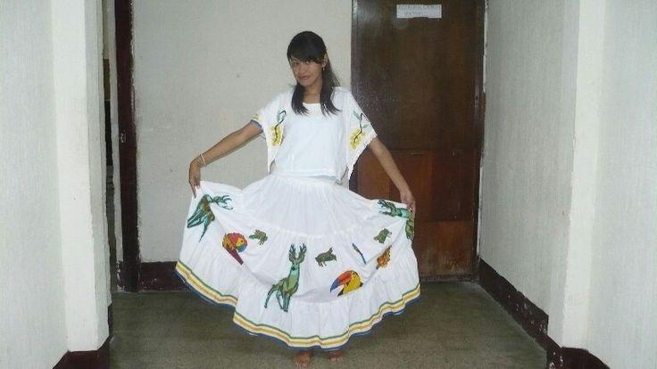 Traje tipico Guanajuato Mexico.