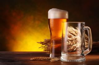 Beer and wine are said to be healthy drinks, but what about non-alcoholic versions? Find out whether the benefits hold up when you remove the ethanol.