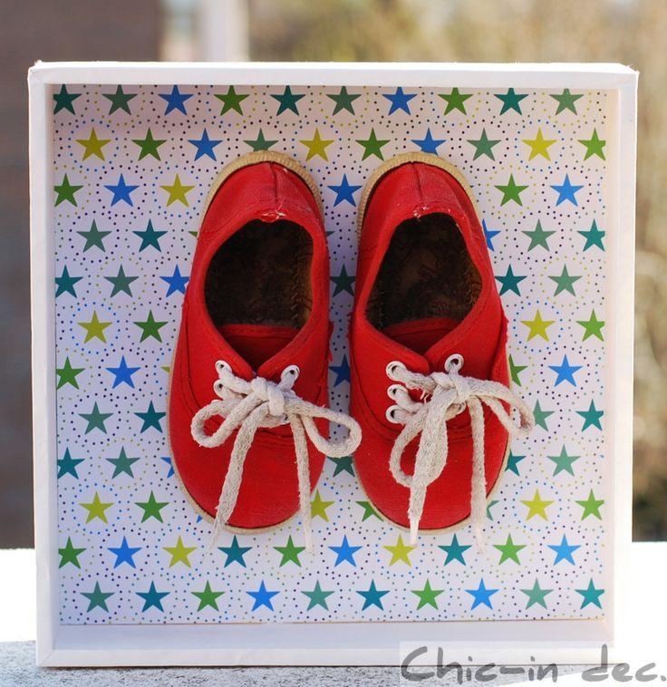 Zapatos con estrella. Cuadro realizado con los zapatos usados por mis tres sobrinos. Una obra muy especial!