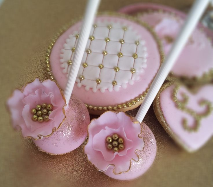 Pink and Gold Wedding cake pops Decorating ideas ...