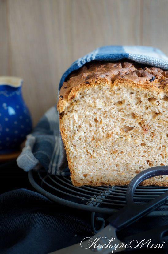 Brotrezept, Rezept für Brot ohne Sauerteig, Käsebrot, Zwiebelbrot, selbst gebackenes Brot, Brotrezepte zum selber backen, Quarkbrot Rezept, Röstzwiebelbrot, Käsebrot, Brot mit Quark, Quark Hefeteig