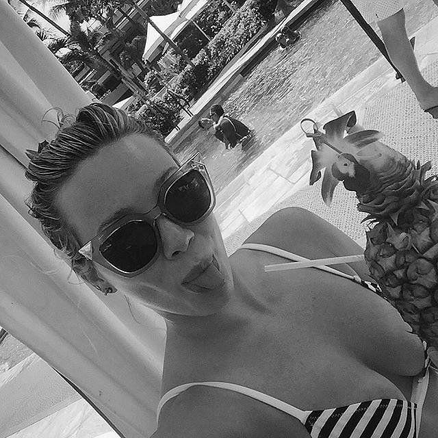 Hilary Duff's Sexy Bikini Selfie Will Instantly Put You in Holiday Weekend Mode. #celebrity #hilaryduff #bikini