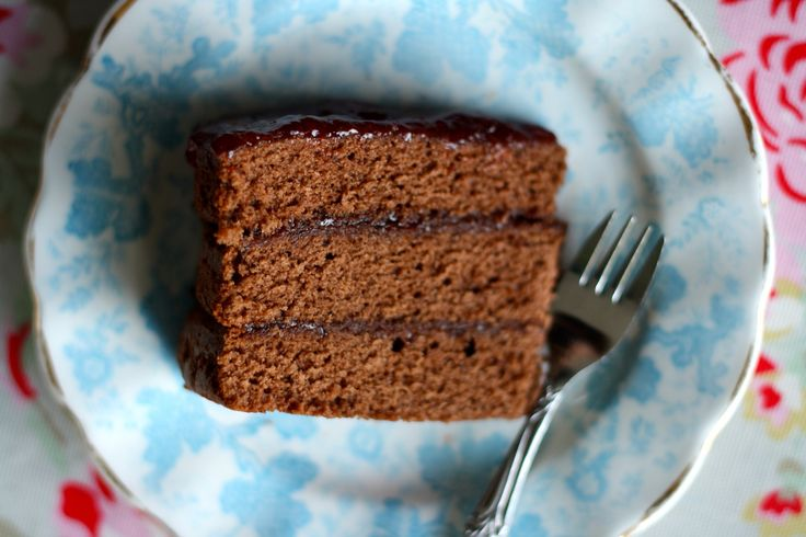 madeira cake recipes for wedding cakes chocolate madeira cake recipe for different sized 16973
