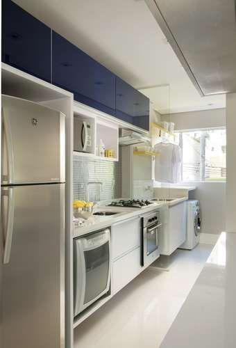 Espelhos e integração 'aumentam' apartamento de 70 m2 - Terra Brasil