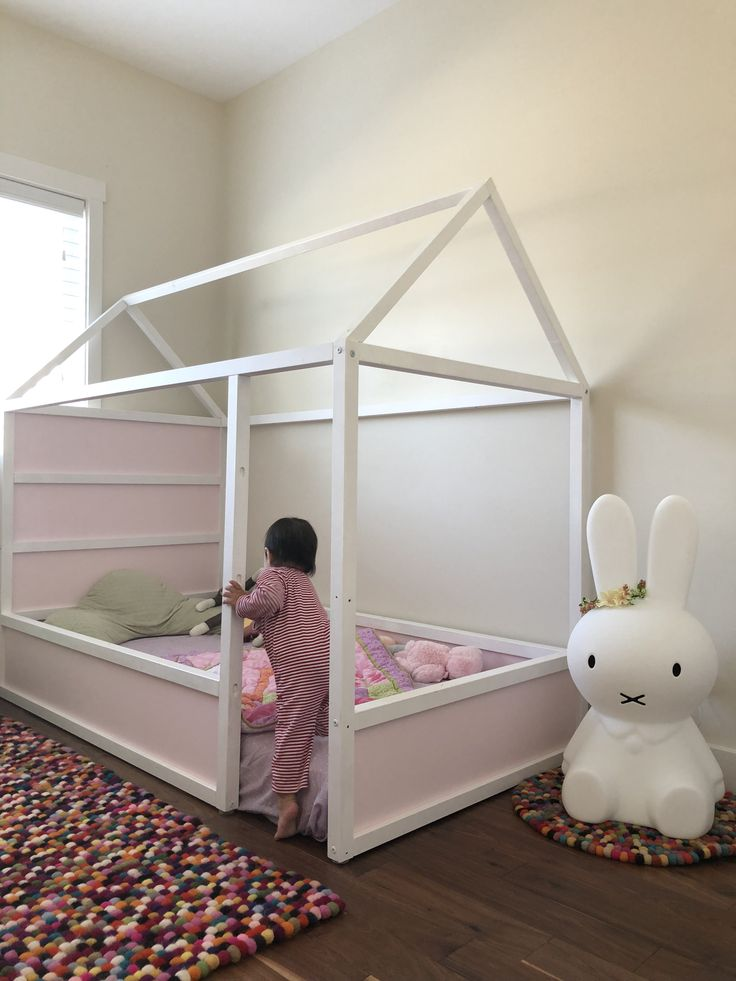 Ikea Kura floor bed kid's bedroom in 2019 Spielzimmer kinderzimmer, Kinderschlafzimmer und  ~ 15073343_Wäschekorb Kinderzimmer Ikea