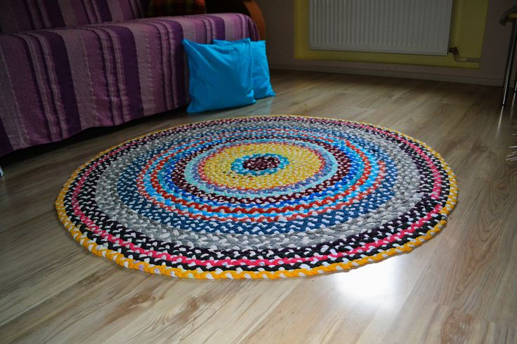 rug from old t shirts An easy way to recycle shirts