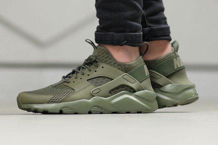 sports shoes bf0b4 b2791 NIKE-AIR-HUARACHE-(MILITARY-GREEN)-2   Men Style in 2019   Nike air huarache,  Nike air huarache ultra, Huaraches