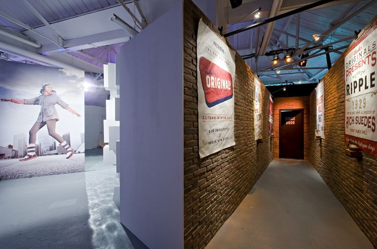 Clark Shoes Exhibition use Dreamwall PR70 Panels