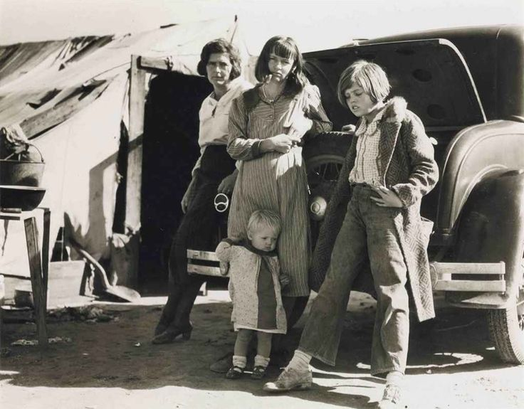 A 1935 photo by Dorothea Lange.    When wearing pants in the 30s was anything but a fashion statement