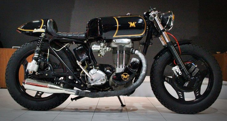 Matchless Cafe Racer by Studio Motor Customs.Studios Motors, Matchless Motorcycles, 1954 Matchless, Cafes Racers, Classic Motorcycle, Studios Motorcycles, Cafes K-Cup, Cafe Racers, Matchless Cafes