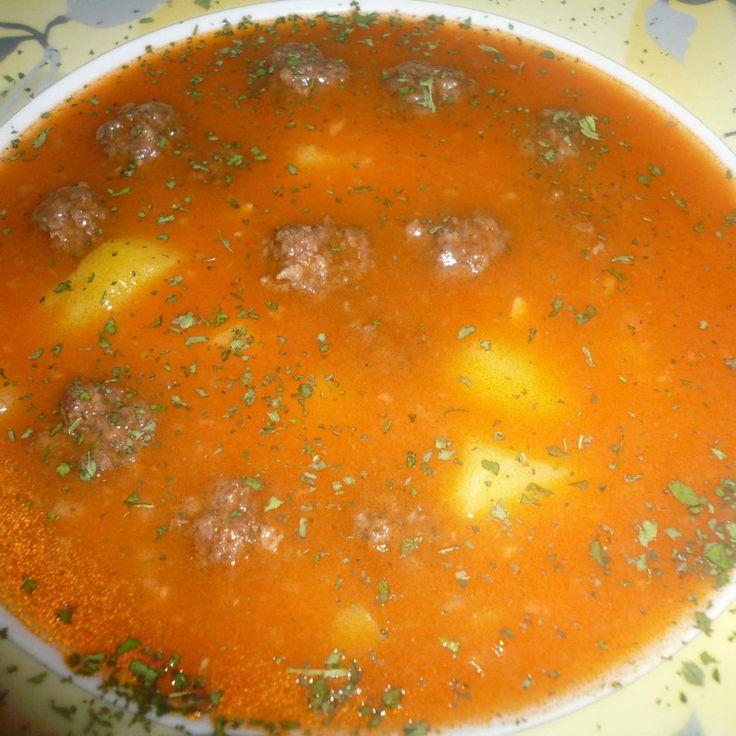 Rezept Sulu Köfte/Saftige Hackbällchen (Suppe)Türkisch von MondstckchenT31 - Rezept der Kategorie Suppen