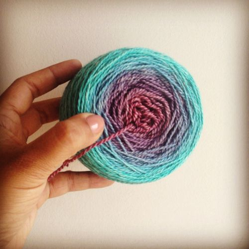 Dying Ombre Yarn ©Shireen Nadir 2014 awesome tutorial for an absolute and utter complete beginner like me. Thank you very much.