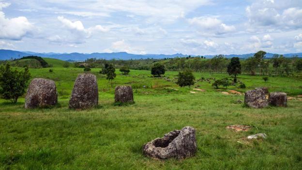 #Laos' strange plain of jars — #Travel #Asia #Mystery via @bbctravel