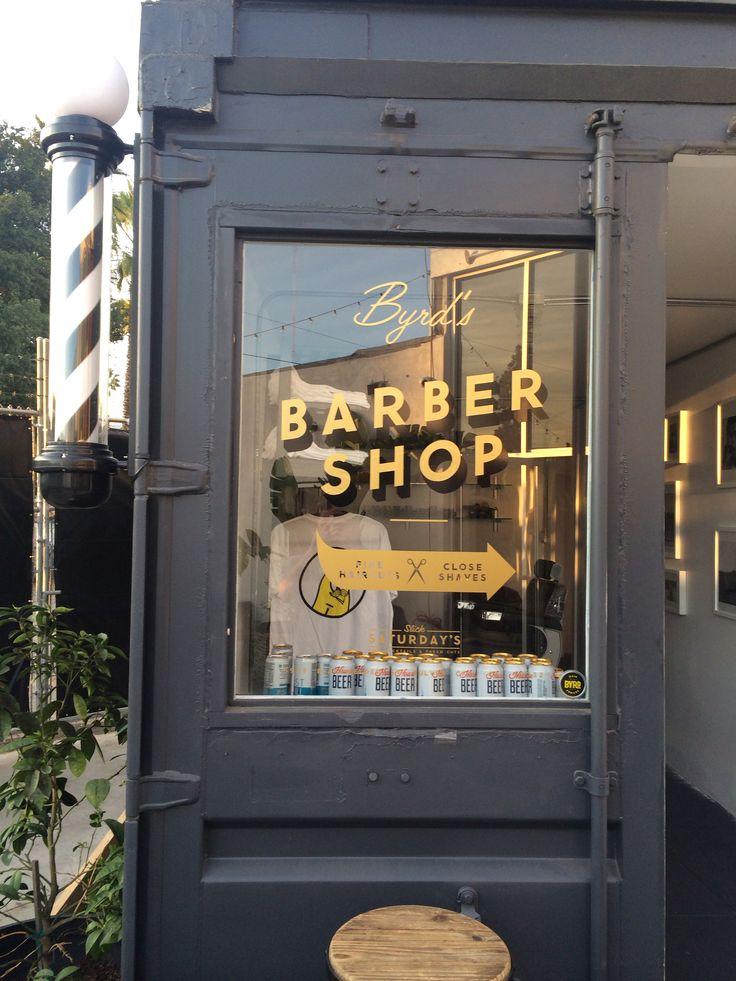 Les 29 meilleures images du tableau vitrine salon de - Vitrine salon de coiffure ...