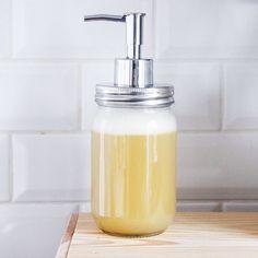 Merci Raoul: DIY: Savon liquide nettoyant et nourrissant pour les mains!