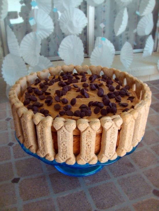 Banana Carob Oat Cake With Peanut Butter Frosting Happy