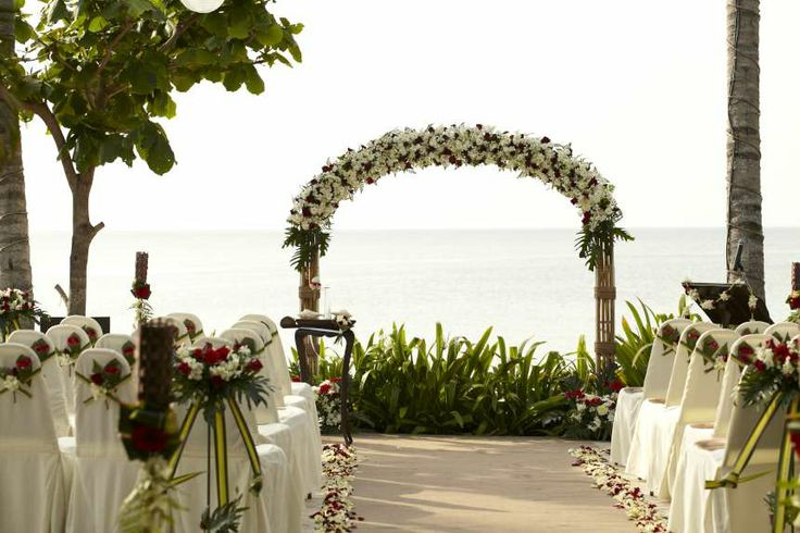 Avoid the sand but still keep the amazing backdrop - terrace ceremony at the Faraway Villa. Weddings in Thailand