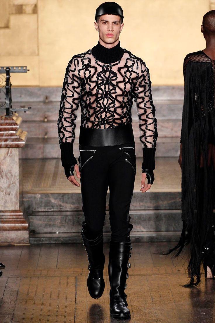 http://www.malefashiontrends.com/2016/02/julien-macdonald-fall-winter-2016-london-fashion-week.html
